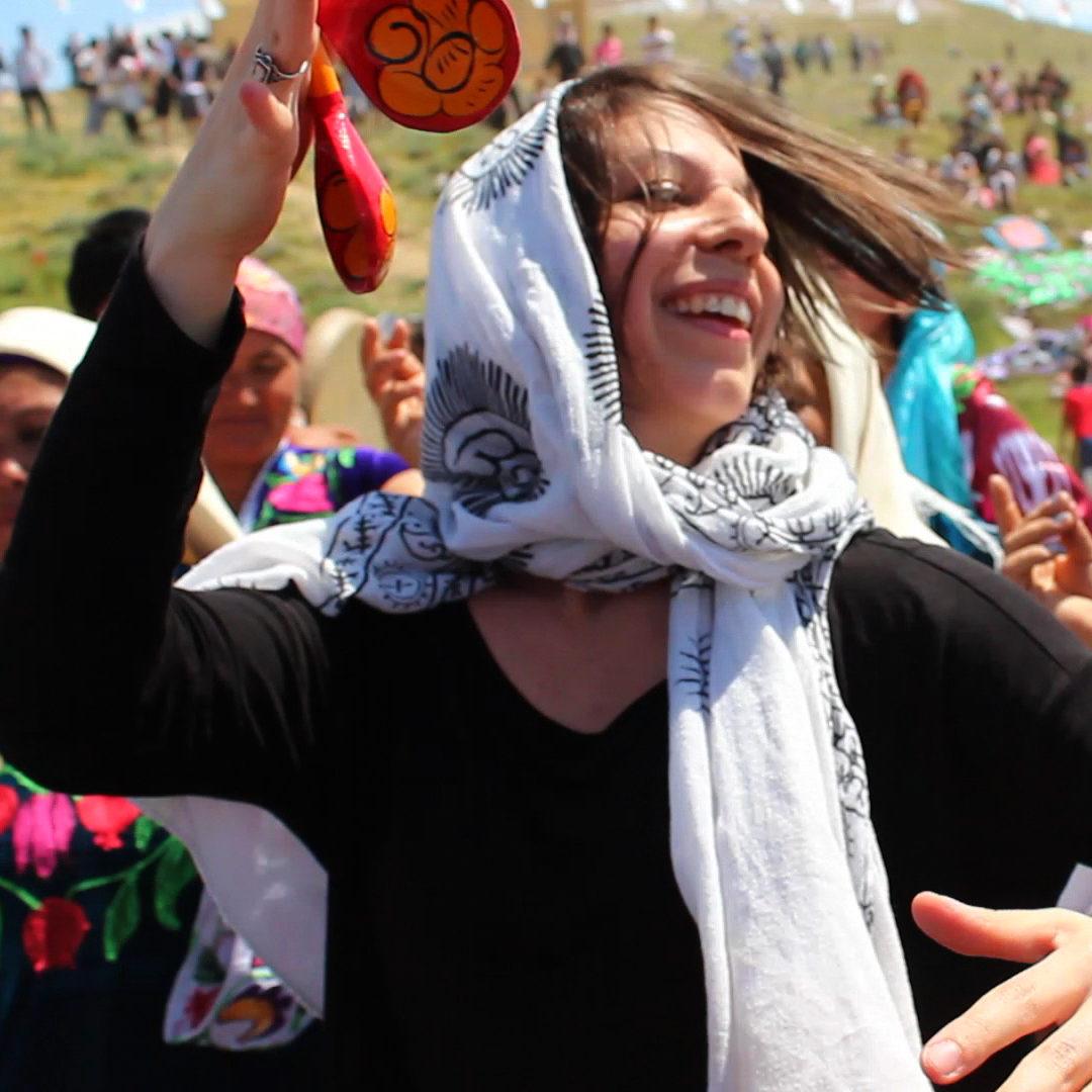 Mickela at the Asrlar Sadosi Festival in Navoi, Uzbekistan - photo by Madina Khusanova